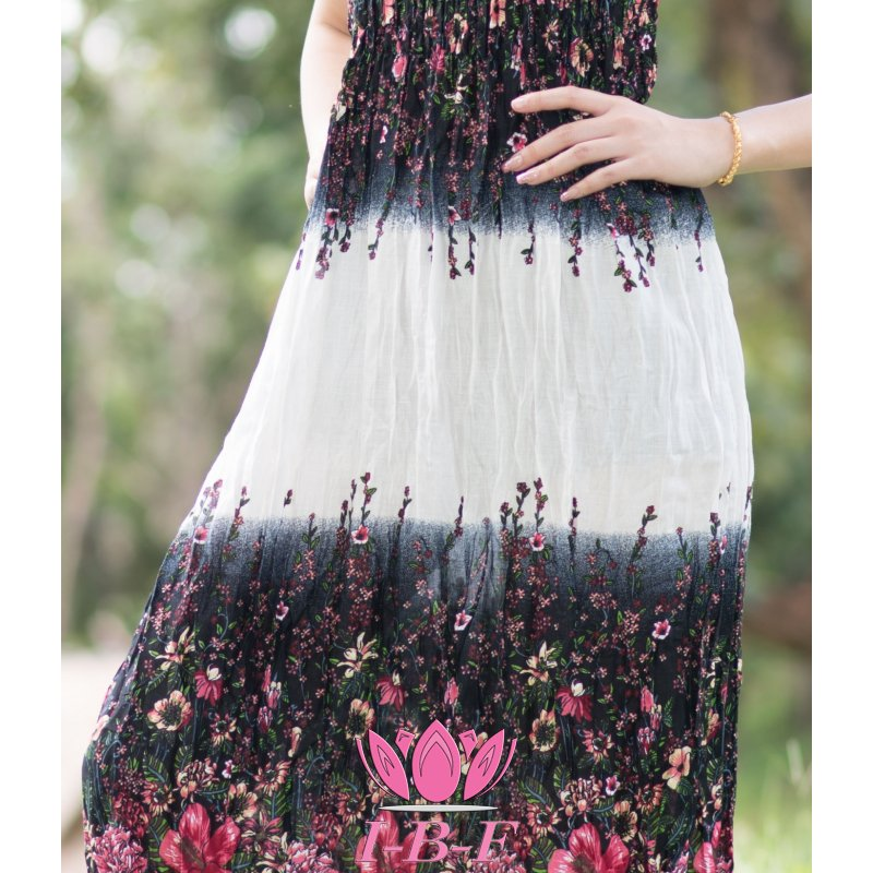Dress, black/white with red flowers